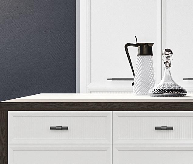 Cucina moderna bianco laccato e nero opaco | Anta Speciale - Levante | MITON Cucine