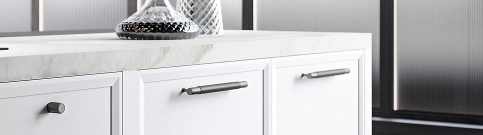Cucina moderna bianco laccato e nero opaco | Anta - Levante | MITON Cucine